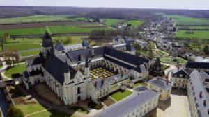 abbaye royale de fontevraud vue du ciel