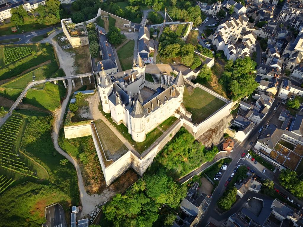 le château de saumur et ses remparts
